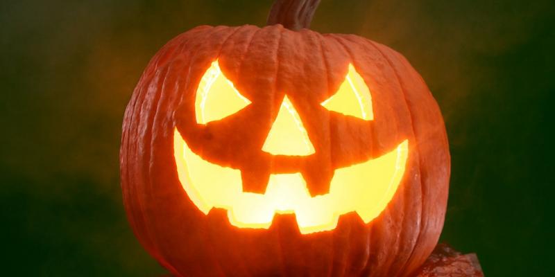 Halloween Crafts (Drop-In)
